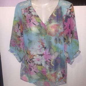 Dressbarn sheer floral lace top. Size small.
